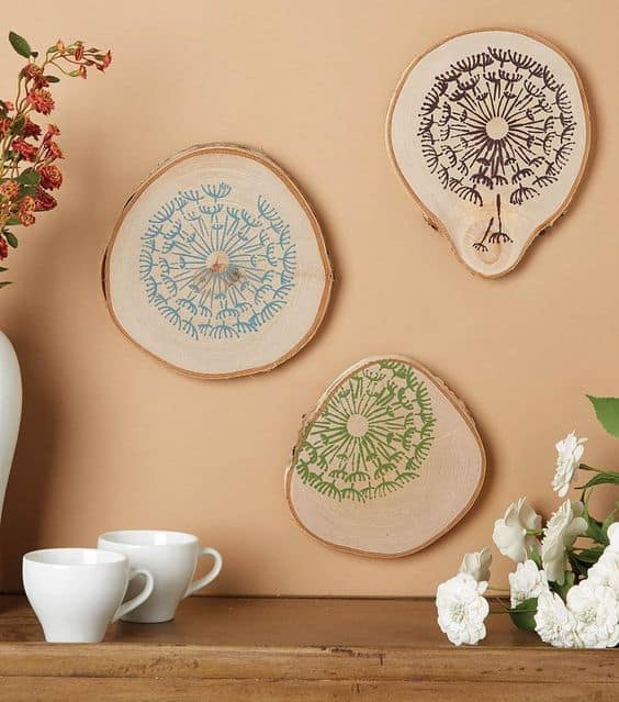 21. SIMPLE SLICES OF WALL ART