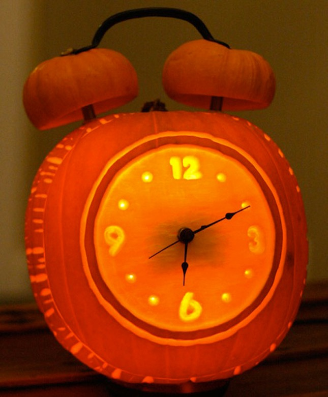 103. CREATIVE CLOCK PUMPKIN