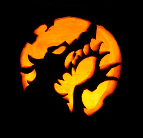 26. WEREWOLF PUMPKIN CARVING TRANSFORMATION