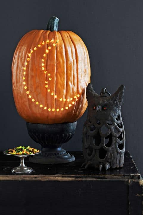 111. SHAPE A CRESCENT MOON IN YOUR PUMPKIN
