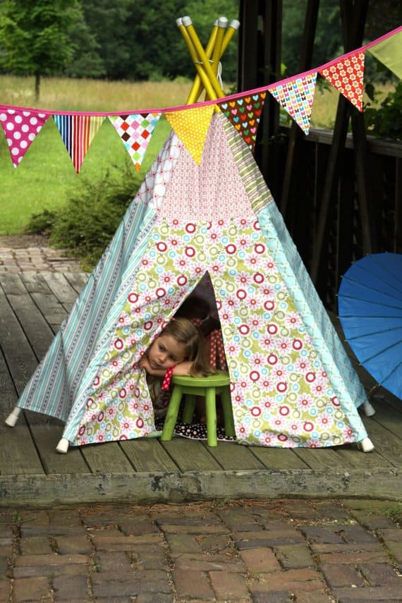39 Swift and Insanely Fun DIY Tent for Kids 10