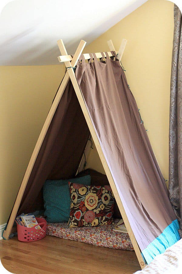 39 Swift and Insanely Fun DIY Tent for Kids 8