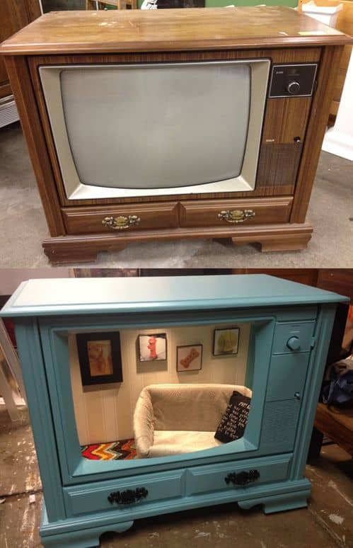 27. TRANSFORM AN OLD TV INTO A DOG SUITE