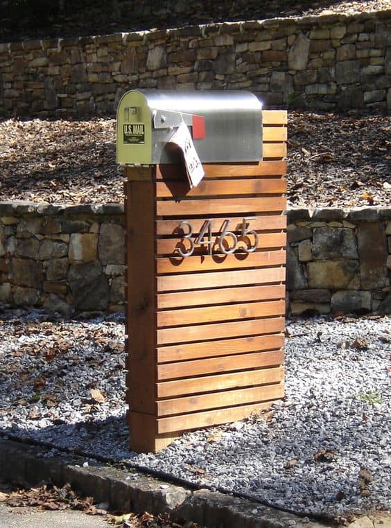 10. CARRY YOUR MAILBOX AND ADDRESS IN STYLE