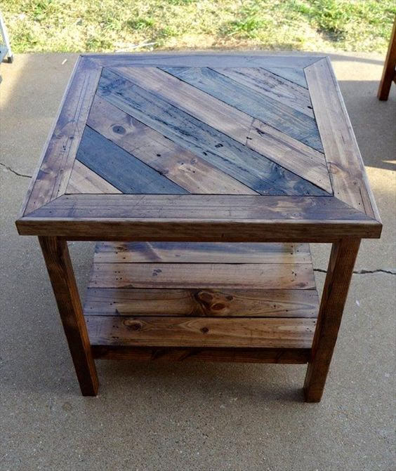 14. PATIO DIY WOODEN END TABLE
