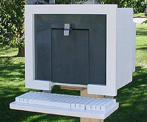 3. GEEKY COMPUTER SHAPED MAILBOX