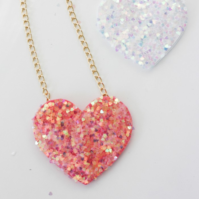 4. CRAFT BEAUTIFUL HEART NECKLACES
