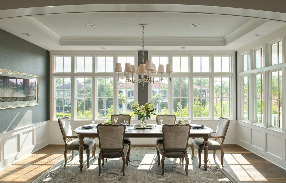 20 Fantastic Traditional Dining Room Interiors That Sparkle With