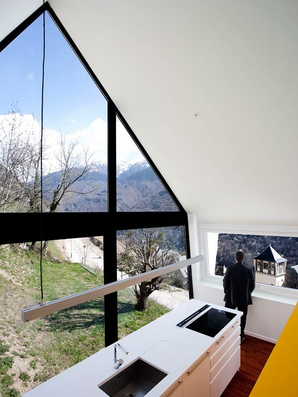 A Frame Anchored in Spanish Hills by Architects Cadaval Sola Morales 5
