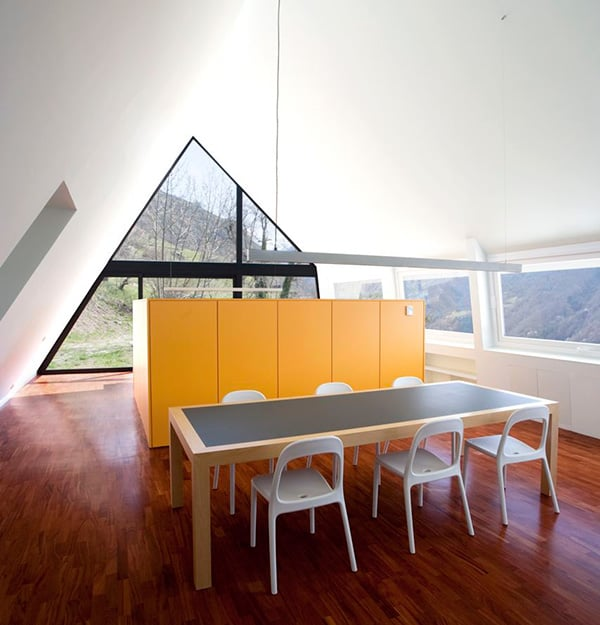 A Frame Anchored in Spanish Hills by Architects Cadaval Sola Morales 8