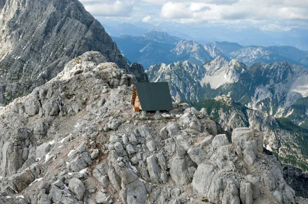 Nestled in the Mountains Camping Luca Vuerich Giovanni Pesamosca Architetto 13
