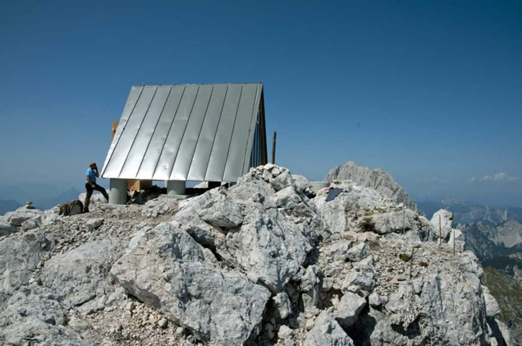 Nestled in the Mountains Camping Luca Vuerich Giovanni Pesamosca Architetto 9