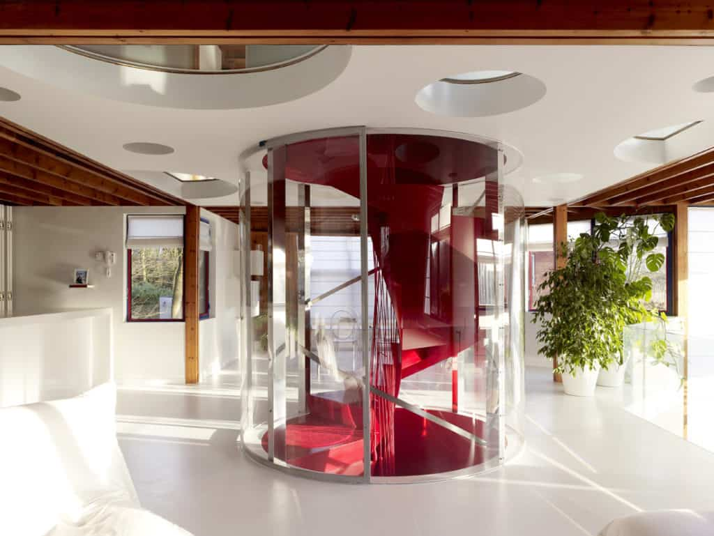 Red Core in a Shelter Entitled House VVDB by dmvA 12