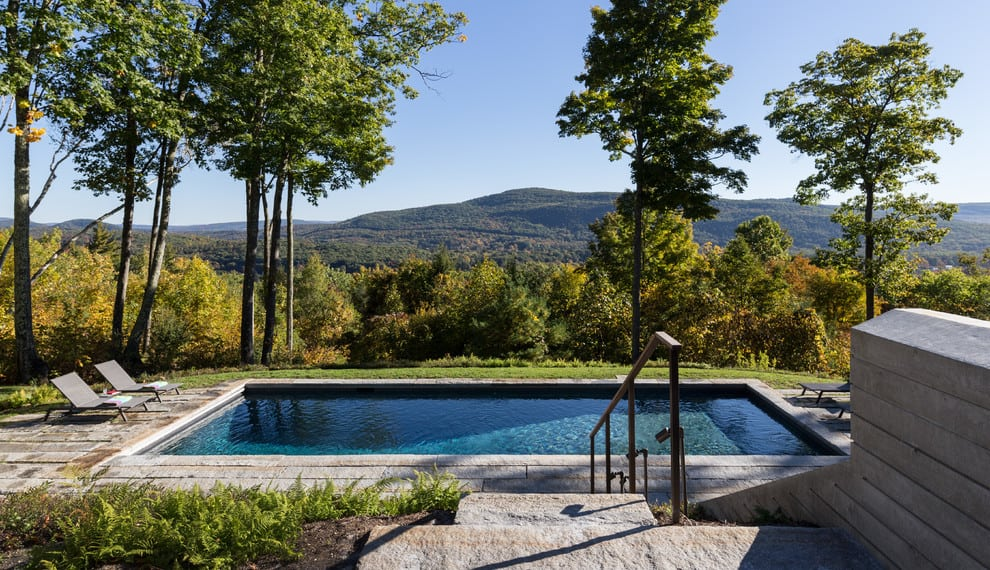 20 Dazzling Private Swimming Pools That Will Embellish Your Backyard 14