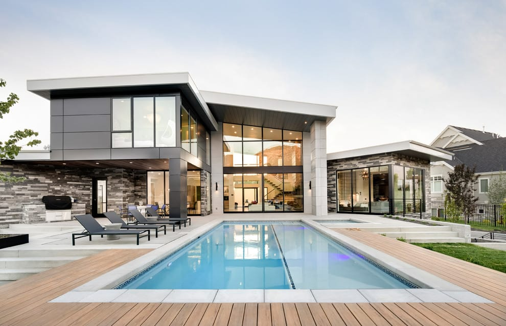 20 Dazzling Private Swimming Pools That Will Embellish Your Backyard 18