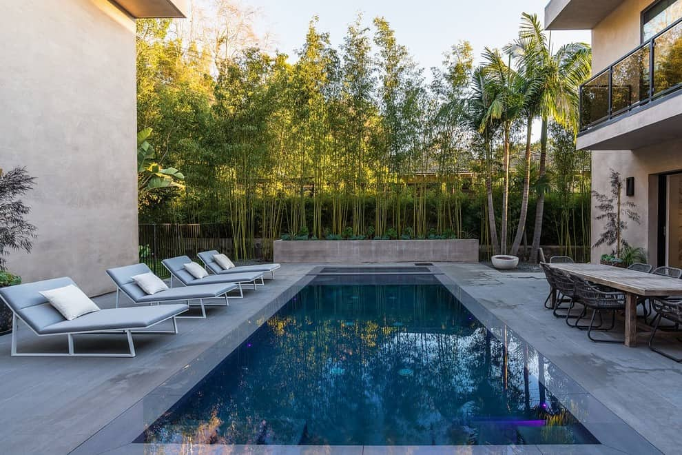 20 Dazzling Private Swimming Pools That Will Embellish Your Backyard 7