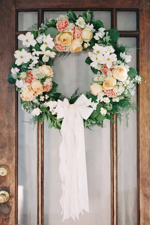 20 Fabulous DIY Summer Wreath Designs That Will Add Color To Your Porch 10