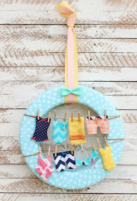 20 Fabulous DIY Summer Wreath Designs That Will Add Color To Your Porch 16