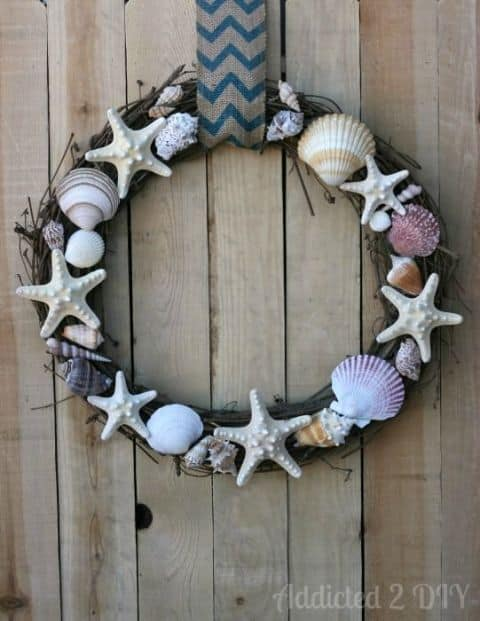 20 Fabulous DIY Summer Wreath Designs That Will Add Color To Your Porch 20