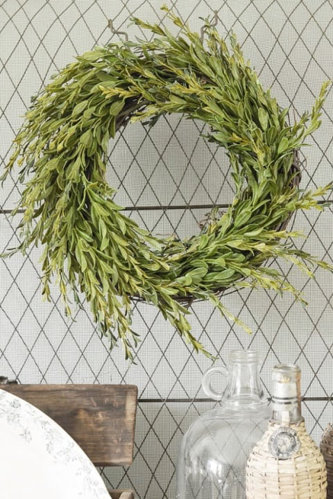 20 Fabulous DIY Summer Wreath Designs That Will Add Color To Your Porch 5
