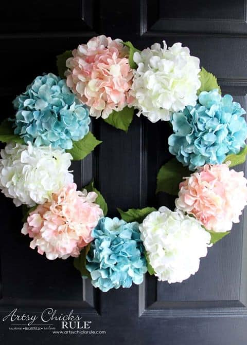 20 Fabulous DIY Summer Wreath Designs That Will Add Color To Your Porch 9