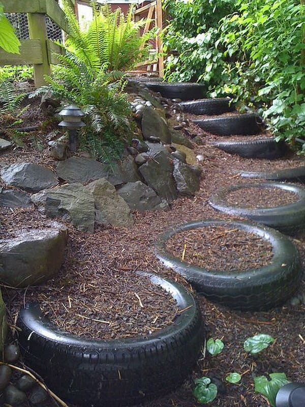20 ingenious diy tire projects to enhance your home for How to make a tire garden