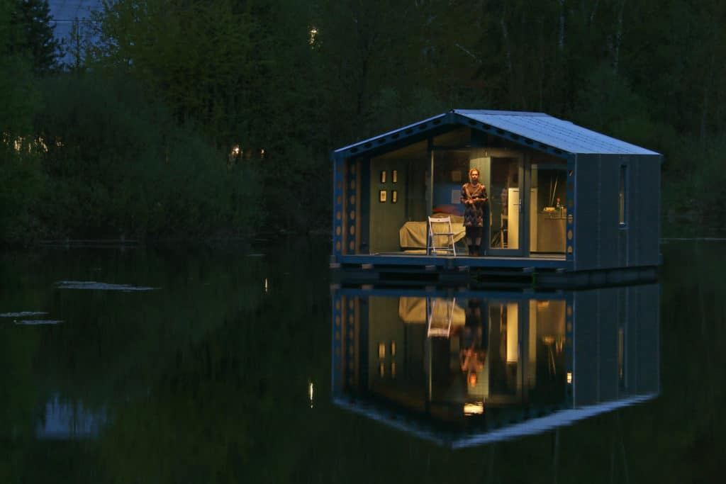 DD16 The Floating Cabin By BIO architects That Can Withstand Russias Harsh Winters 11