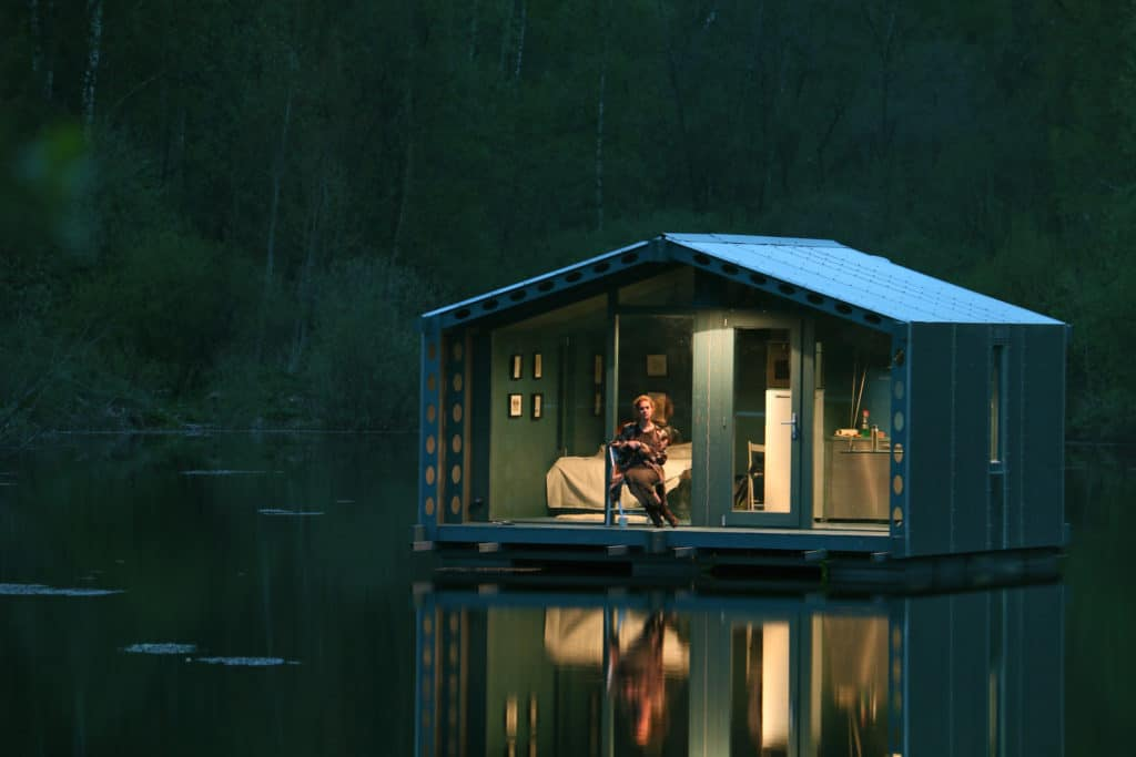 DD16 The Floating Cabin By BIO architects That Can Withstand Russias Harsh Winters 13