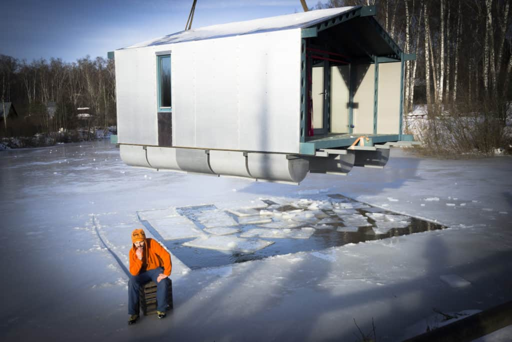 DD16 The Floating Cabin By BIO architects That Can Withstand Russias Harsh Winters 14