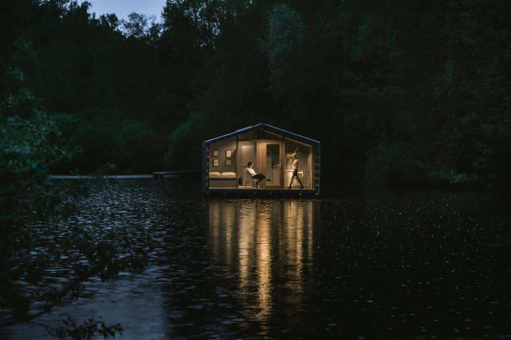DD16 The Floating Cabin By BIO architects That Can Withstand Russias Harsh Winters 18