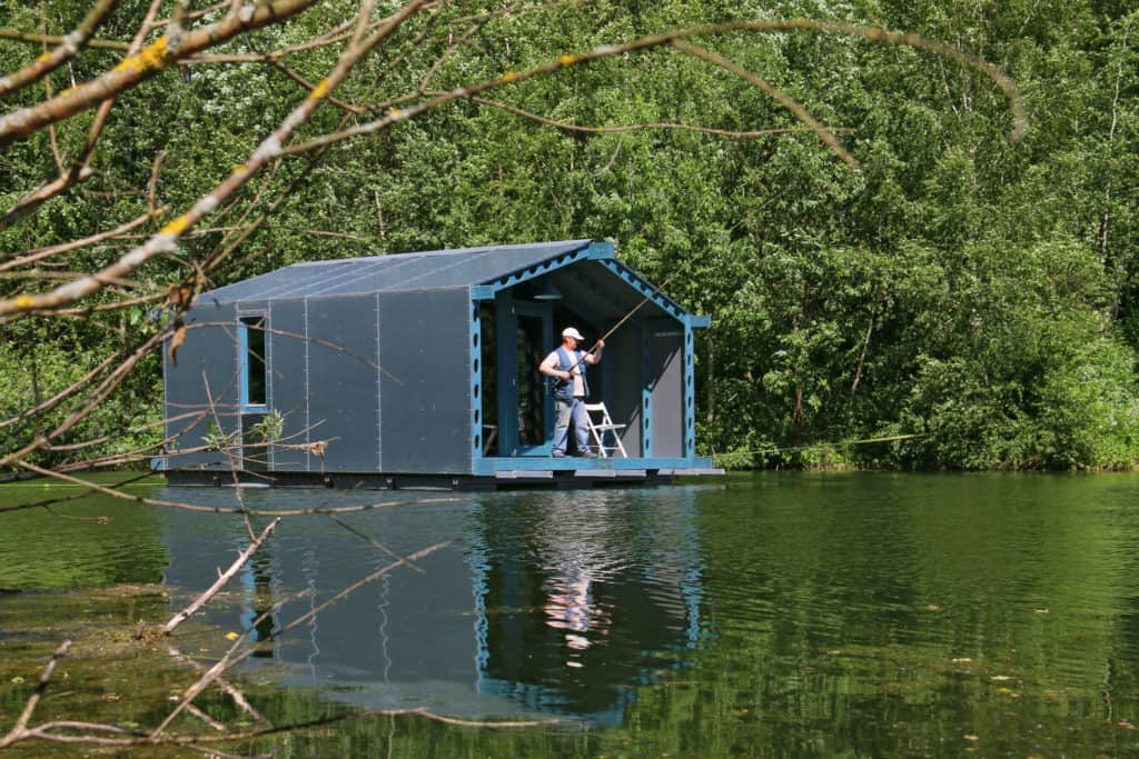 DD16 The Floating Cabin By BIO architects That Can Withstand Russias Harsh Winters 6