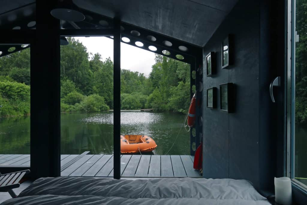 DD16 The Floating Cabin By BIO architects That Can Withstand Russias Harsh Winters 8