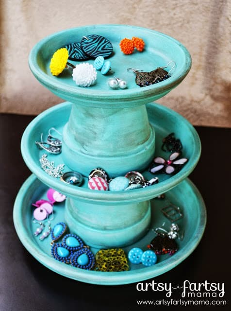 Display Your Jewelry In A Creative Way With These 17 DIY Jewelry Organizer Ideas 14