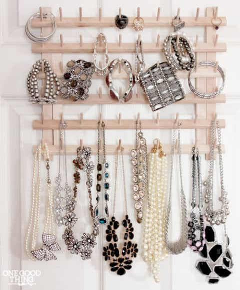 Display Your Jewelry In A Creative Way With These 17 DIY Jewelry Organizer Ideas 15