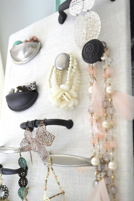 Display Your Jewelry In A Creative Way With These 17 DIY Jewelry Organizer Ideas 5