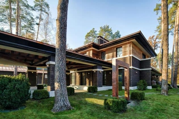 Inspired by F. L. Wright Yunakov Architecture Designed The Prairie House in Kiev 7