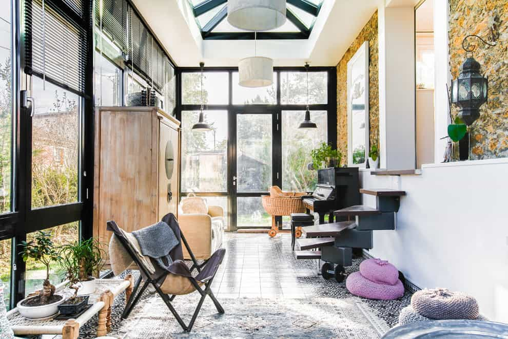Spectacular Sunroom Ideas That Will Bring Sunlight Into Your Home 10