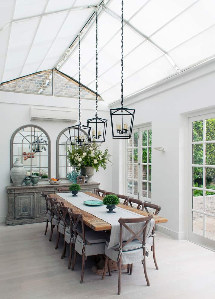 Spectacular Sunroom Ideas That Will Bring Sunlight Into Your Home 7