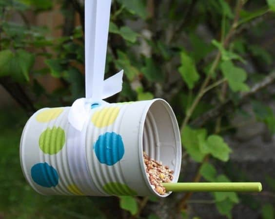 TIN CAN FEEDER
