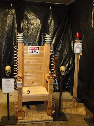 66. THE ELECTRIC CHAIR 2