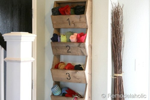 20 Chic DIY Rustic Shelves That You Should Make A Part Of Your Home Decor 15