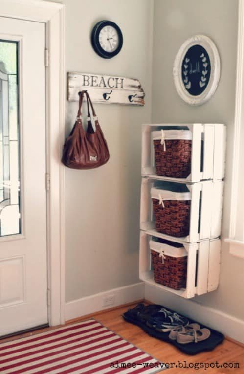 20 Chic DIY Rustic Shelves That You Should Make A Part Of Your Home Decor 8