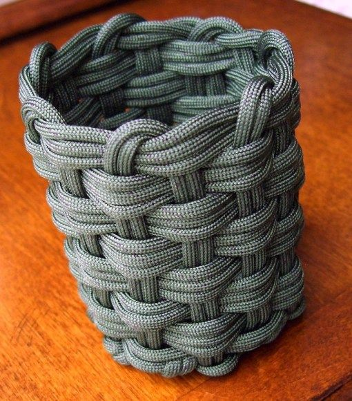 WOVEN PARACORD CAN KOOZIE