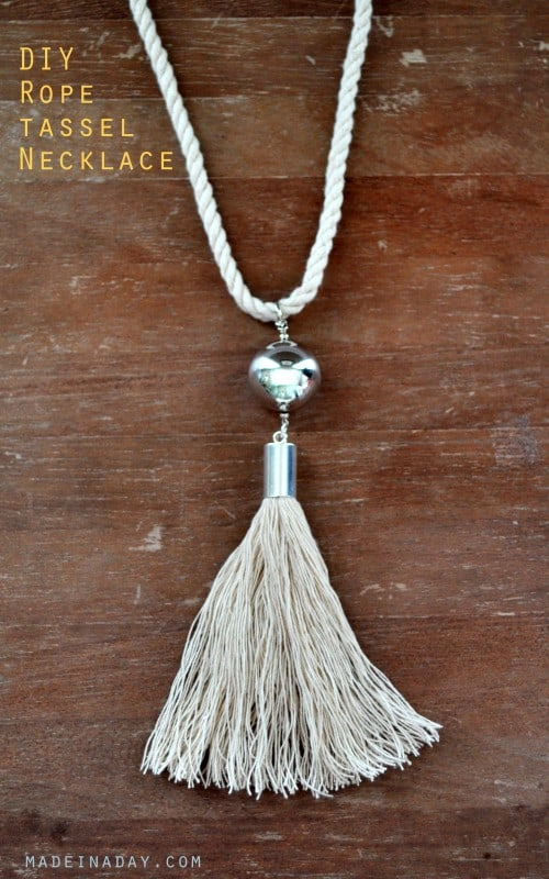 IY ROPE TASSEL NECKLACE
