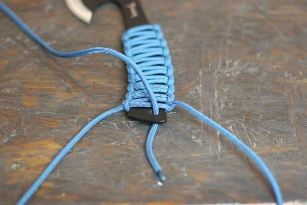 DIY PARACORD KNIFE GRIP