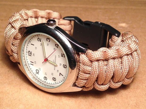 REPLACE YOUR WORN OUT LEATHER WATCH BAND WITH THIS STYLISH AND DURABLE PARACORD STRAP