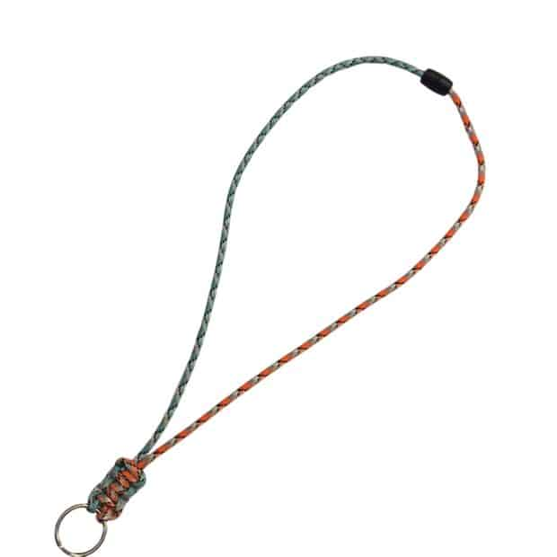 SIMPLE YET ELEGANT PARACORD LANYARD