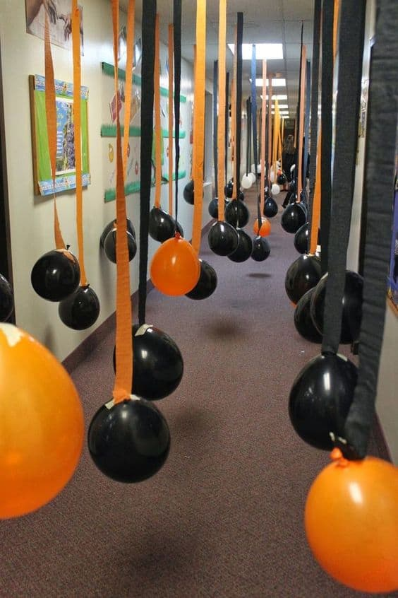 9. HALLWAY FILLED WITH HANGING BALLOONS