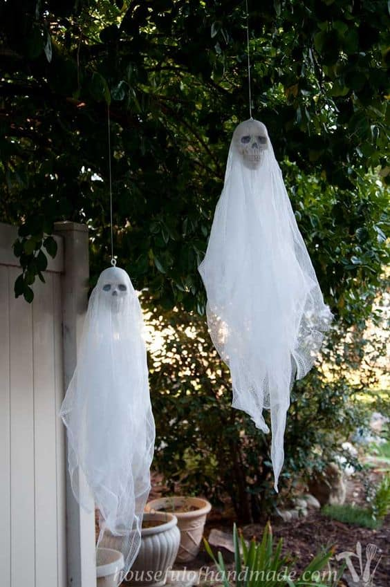 105. EASY DIY SPOOKY SKULL GHOSTS