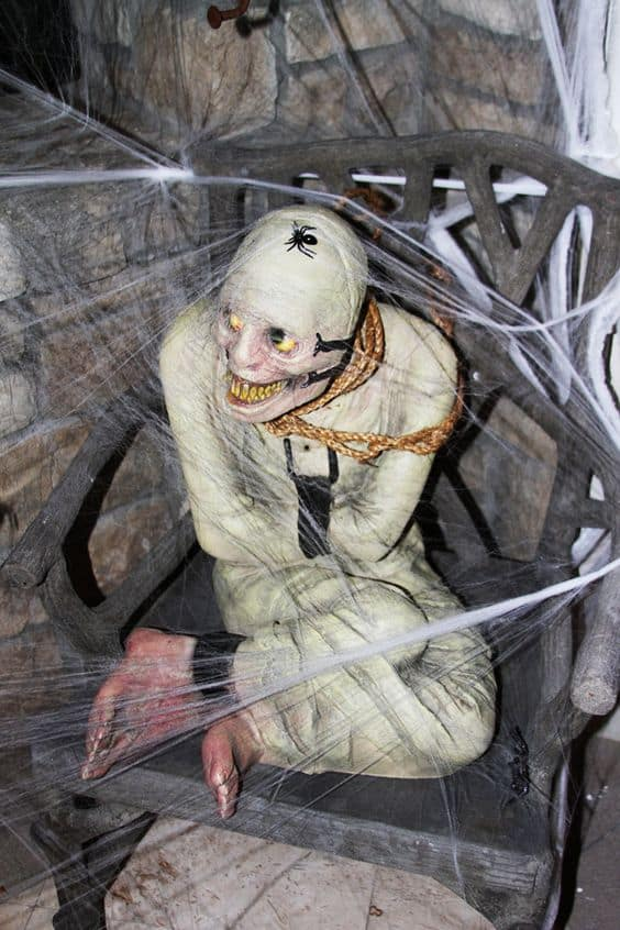 106. THE CREEPY MUMMIFIED BODY